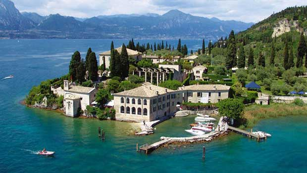 Luxury Garda Lake Villas