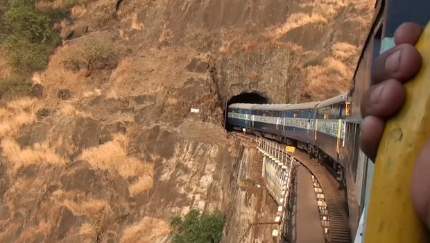 indian-train-tunnel