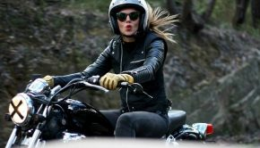 riding-motorcycle