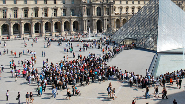 louvre-queue